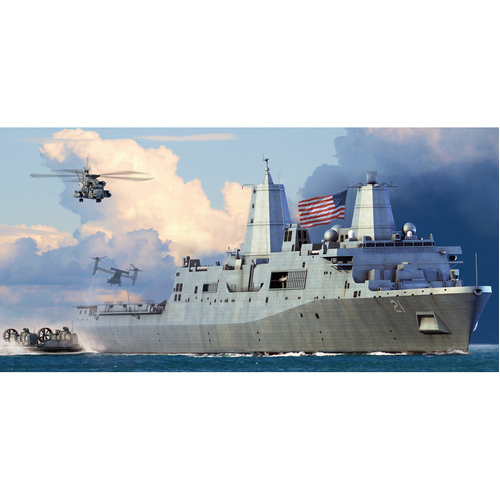 1:700 Scale USS New York LPD-21 - 83415